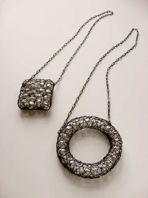 8 Square necklace CPNS-2(black) and Circle necklace CPNO-2(black)